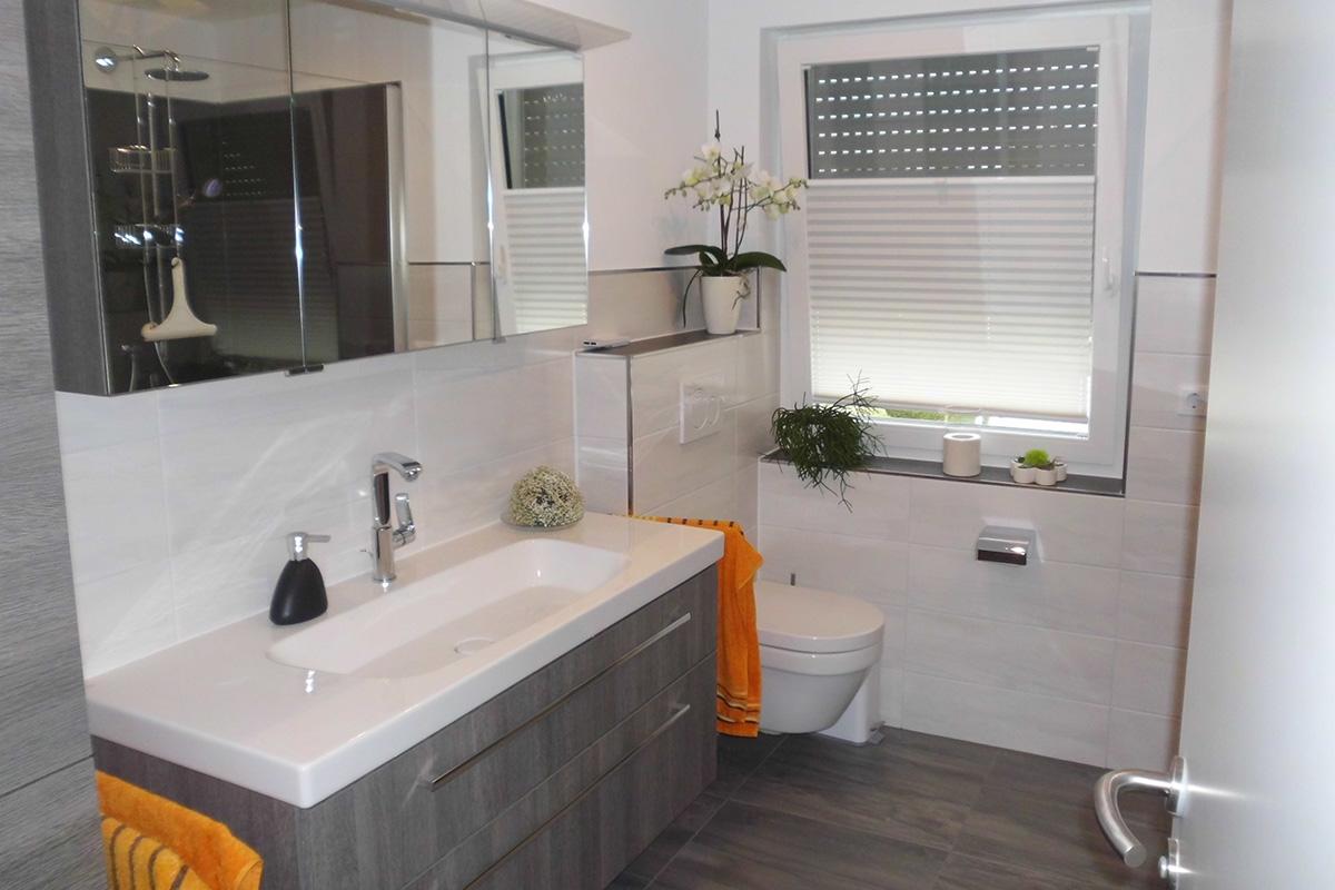 umbau badewanne statt dusche ihr traumhaus ideen. Black Bedroom Furniture Sets. Home Design Ideas