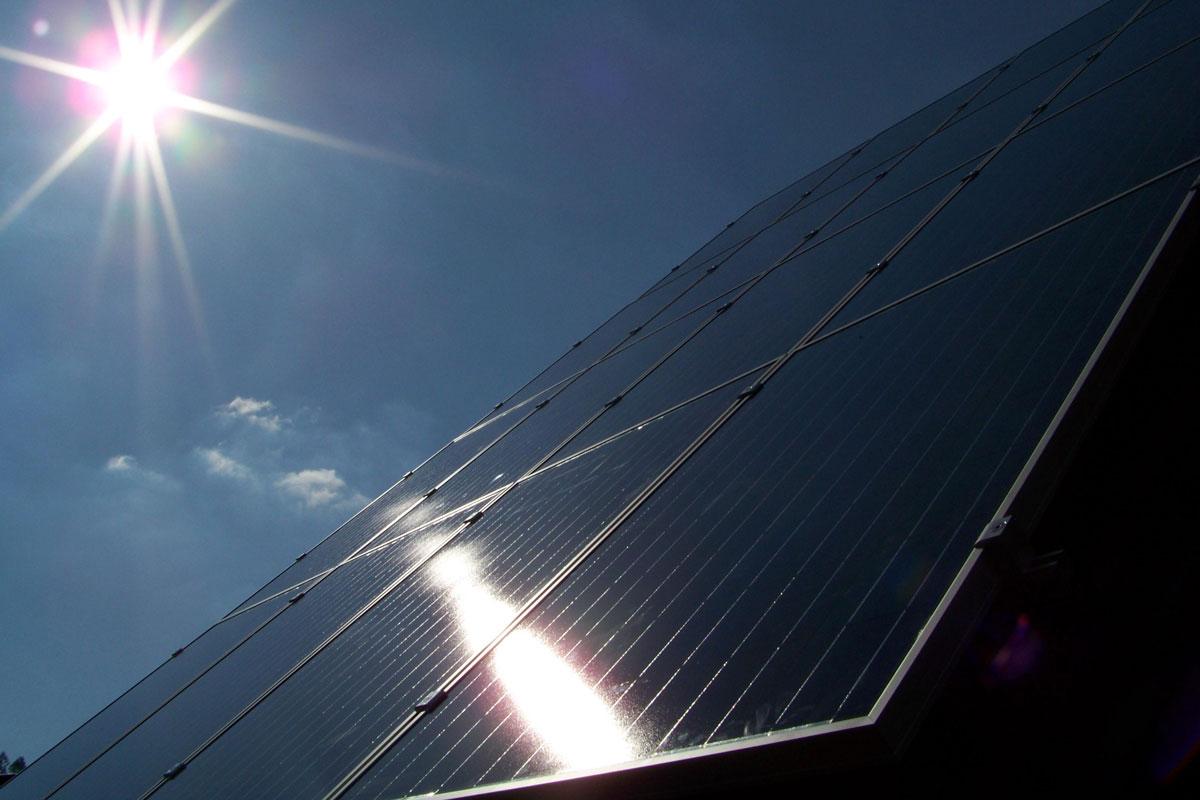 informationen zum einbau von solaranlagen thomas figge. Black Bedroom Furniture Sets. Home Design Ideas